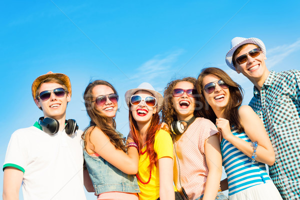 Why is it important to Wear Sunglasses?